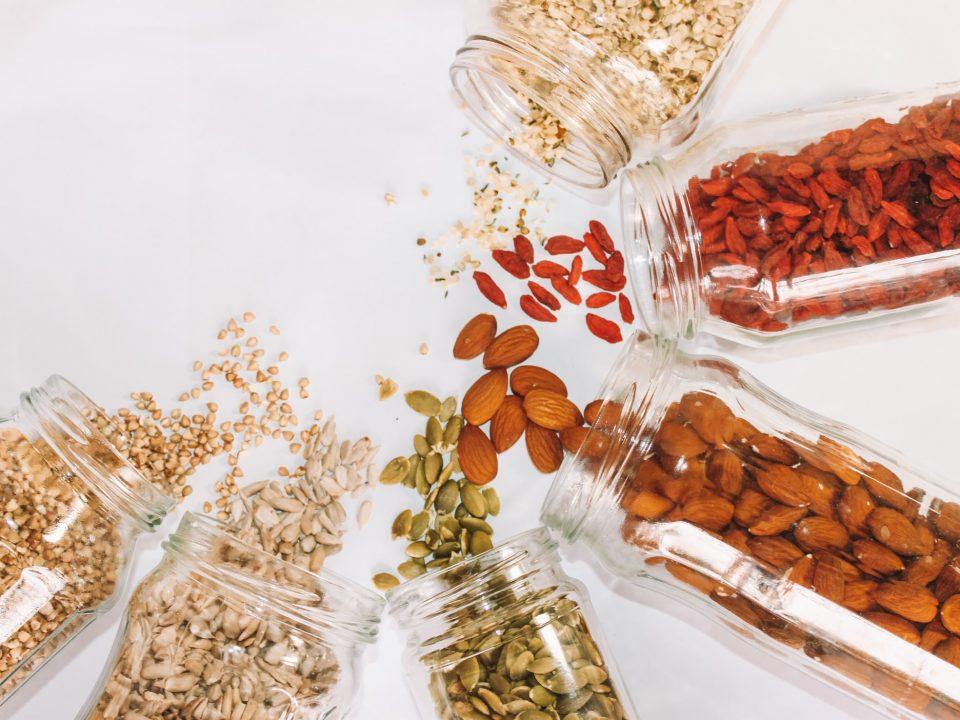 Samen, Nüsse und Kerne als wertvolle Ballaststoffquelle